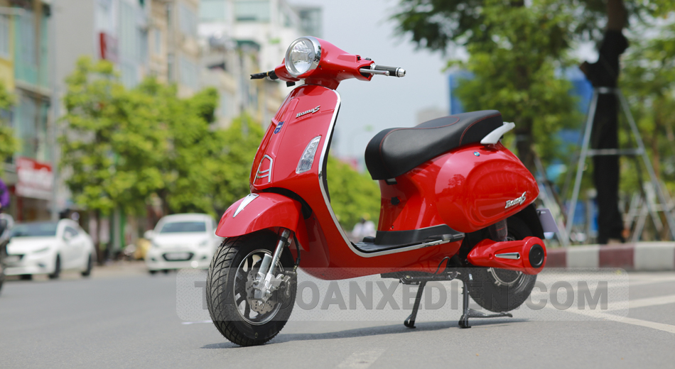 xe máy điện Vespa Roma S